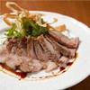 熟成豚ロース肉のステーキ 燻製醤油