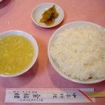 2660587 - ランチのご飯・ザーサイ・スープ