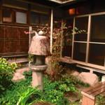 あくびカフェー - 中庭②