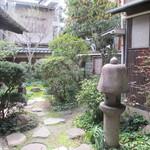 あくびカフェー - 中庭