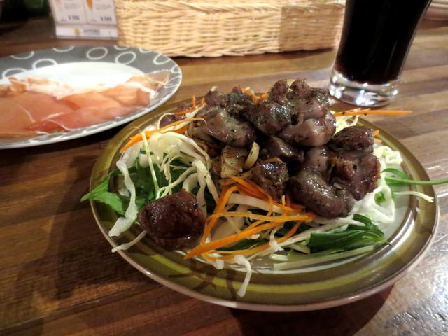 錦イタリア食堂 コントルノ - 砂ずりのニンニク炒め¥400