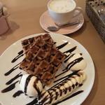 ワッフルカフェ プルミエ - チョコバナナワッフル