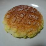 住田製パン所 - 表面がカリッとした、懐かしい旨さです。