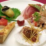スイスレストラン シャレー - 料理写真:当店自慢のボリューム満点シャレーオードブル盛合わせ