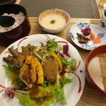 ごはんカフェ - お魚のサービス膳