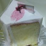 パティスリー・ショコラトリー サンニコラ - 桜のシフォン(360円税別)4月