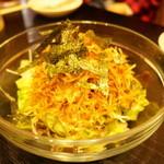 松屋 - 料理写真:パリパリサラダ