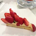 グランジュール - 苺のタルト(ケーキセットで1700円)