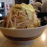 麺屋 愛0028 - 赤みそら〜麺、野菜増し(^^)