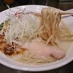 麺匠ぼんてん - 麺は細麺のみ 鶏白湯らーめん(塩)