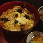 東京庵 - 天かす玉子丼