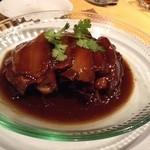 上海厨房 味楽 - トンポーロー