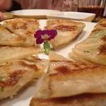 上海厨房 味楽 - 餅(チヂミ風)