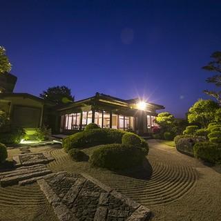 日本人の和の心を思い起こさせる、趣深い空間