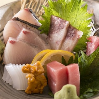 新鮮で美味しいお魚をご提供、赤字覚悟の逸品です。