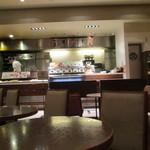 サンマルクカフェ - チョッと変則的な形の店