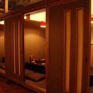 1階は全席個室のゆったり空間☆