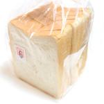 カンテ・グランデ ベーカリー - 湯種仕込みの食パン 6枚切 (240円)