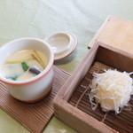 御宿 海舟 - 茶碗蒸しとイカシューマイ(いか活造り定食)