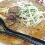 味千拉麺 - とん骨しょうゆラーメン 800円 2014.4