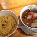 26675704 - 鰹次郎つけ麺200g野菜増し