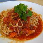 ジヴェルニー - イタリー野菜のトマトソースパスタ。