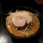 紅丸 - 味噌ラーメン!(2014,04/25)