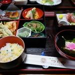 割烹つたや - 料理写真:松花堂弁当・・\4,000-