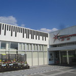 カフェ・ド・クリエ - 浜松だからピアノですね