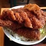 わァ食キッチンEAT - ソースは福井のヨーロッパ軒に似てる
