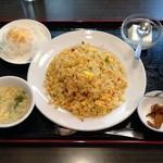 紅燈籠 - ワンコインランチ・五目炒飯(500円)