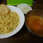冨じお - 【海老ビスクつけ麺 860円】