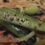 鶏や 梵 - 八潮焼きそば 600円の小松菜