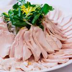 ラグナスイート - 食材の鮮度を大切に、素材力を活かす調理法にこだわっています。
