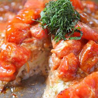 トマトやアボカドを使用した新感覚なお好焼、鉄板焼に舌鼓!