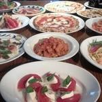 ラ・ベファーナ - パーティー料理一例。