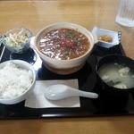 くまねこ食堂 - ピリッと辛口・麻婆豆腐定食