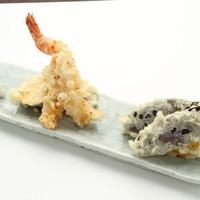 プレミアム百 - お勧めは目の前で揚げる野菜の天ぷらは絶品、野菜はしかも100円。