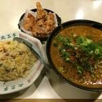 26708284 - 坦々麺と焼飯セット