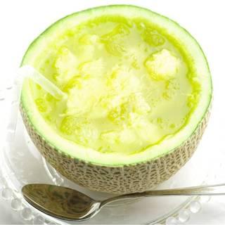◆豊富な自家製フルーツジュースをお楽しみください