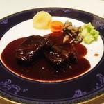 ビストロ ボン・グー・コクブ - 牛ホホ肉の赤ワイン煮