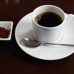 ザ・バージェイダブリューハート - 珈琲とサービスの生チョコ