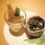 26717611 - 前菜1筍と菜の花のコンソメジュレ 2芥子菜と椎茸酢味噌和え
