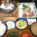 磯一 - 料理長おまかせ定食   サザエの磯焼き、刺身、天ぷら、冷やしタヌキそば、四季の小付け、香の物、アラ汁、ご飯がついてます!2100円