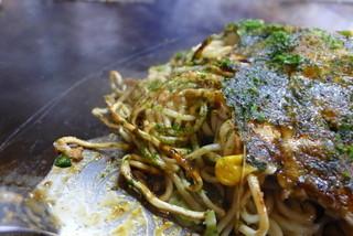 お好み焼 村上 - 地元井上製麺所の中華麺