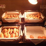 久留米ワシントンホテルプラザ - パンの陳列棚