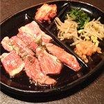炭火焼肉 東京苑 - 料理写真:カルビ定食