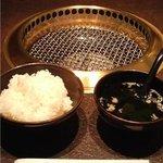 炭火焼肉 東京苑 - ライス&スープ