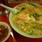 26732614 - 中華丼■\830■スープ付