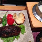 26738407 - 和牛ほほ肉の炭火焼ハンバーグ定食(¥1,780)